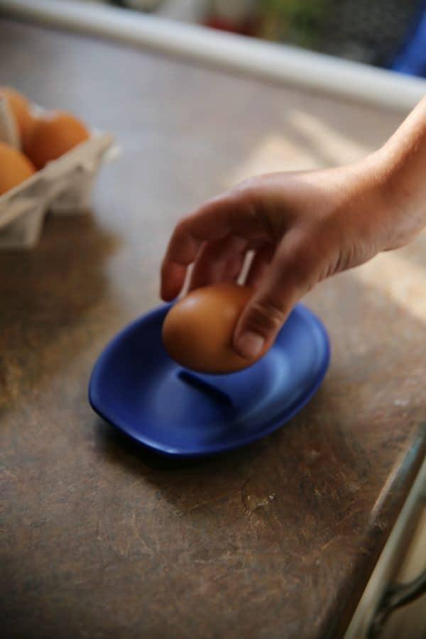 crack-eggs-easily