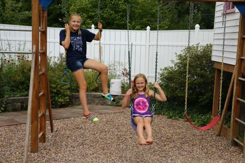 girls-swingset