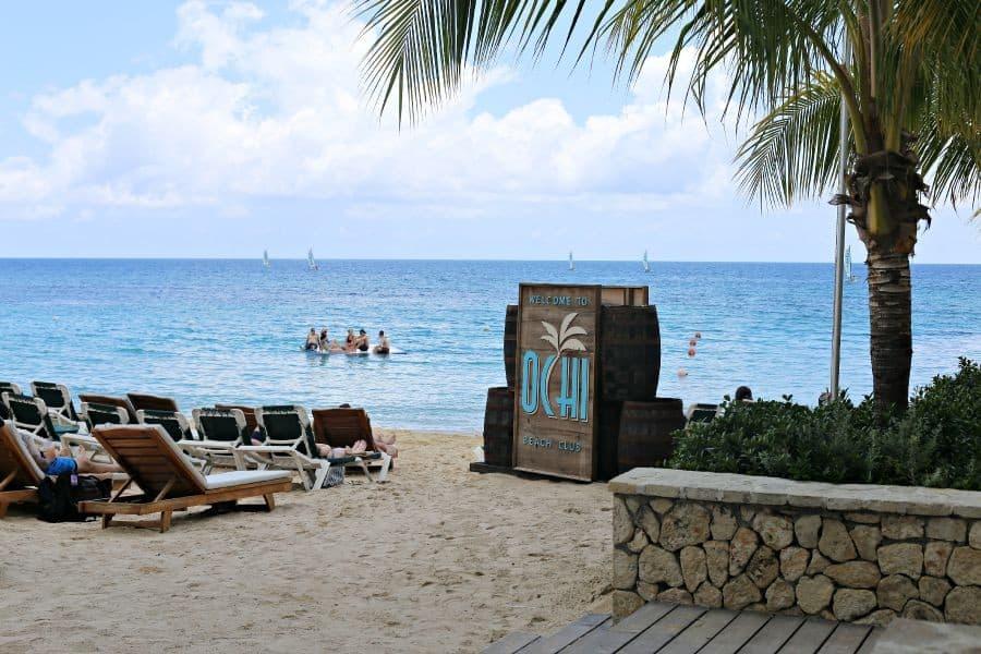 ochi-beach-club-beach