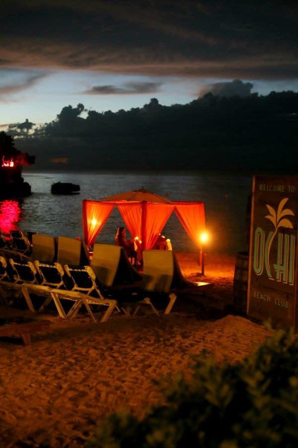 ochi-beach-club-night