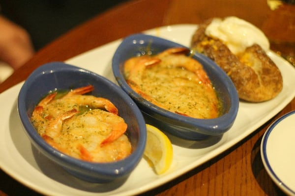 Endless Shrimp Red Lobster | This Mama Loves