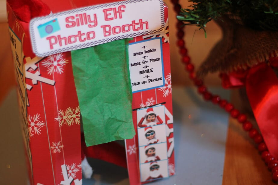 elf on the shelf photo booth