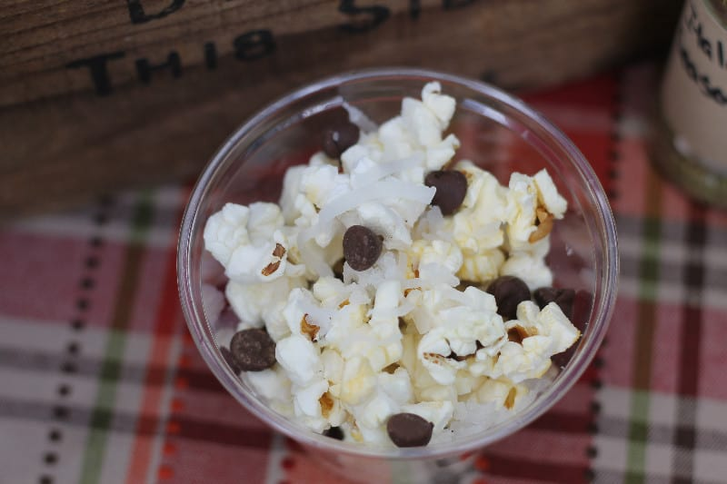 Popcorn Bar Almond Joy
