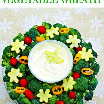 Festive Holiday Appetizer: Vegetable Wreath