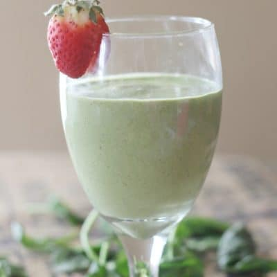 Kiwi Strawberry Smoothie Recipe with Spinach & Cottage Cheese