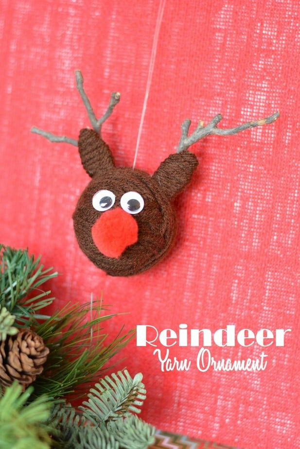 yarn ball reindeer ornament label