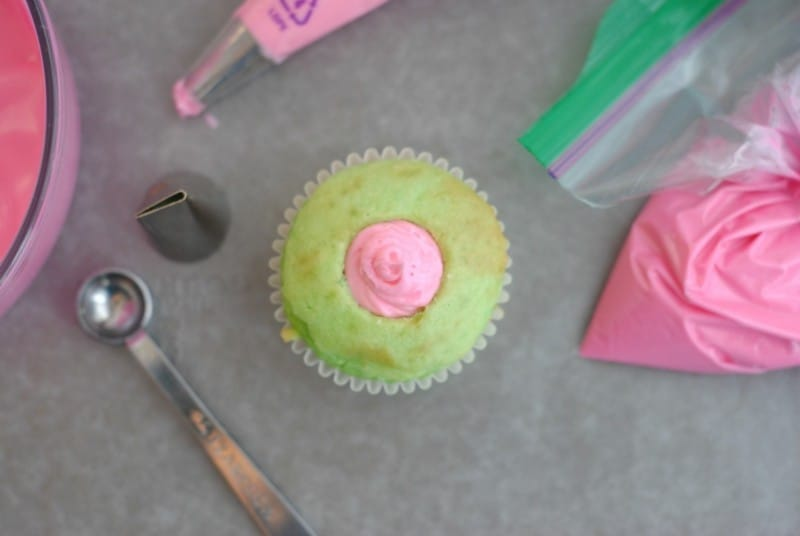 hiding-bunny-cupcakes-fill