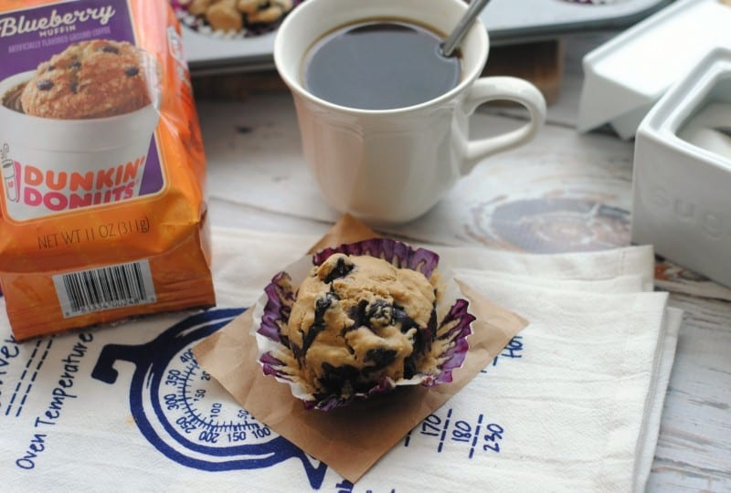 blueberry-coffee-muffins-dunkin-donuts