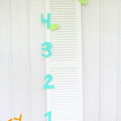 Simple & Sweet DIY Growth Chart & Orange Strawberry Banana Smoothie