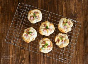 Hawaiian Pizza Bites from Domestically Speaking