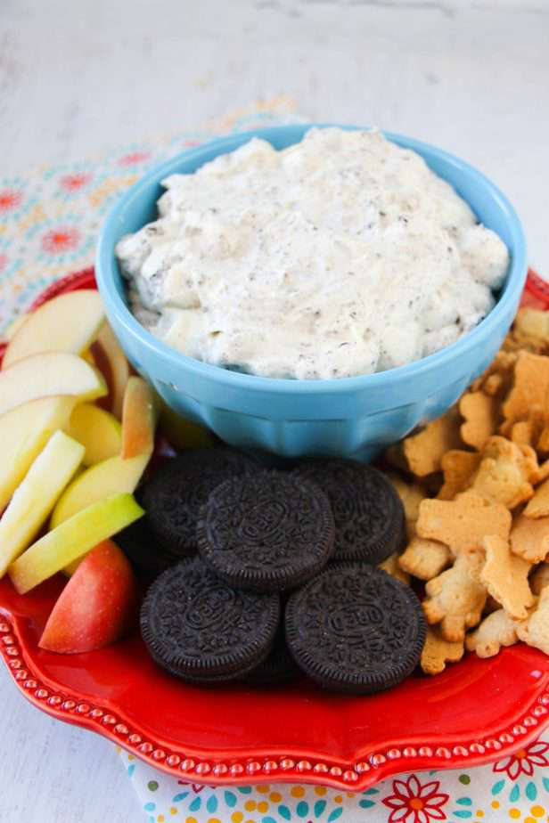 oreo fluff dip with oreos apples and graham crackers