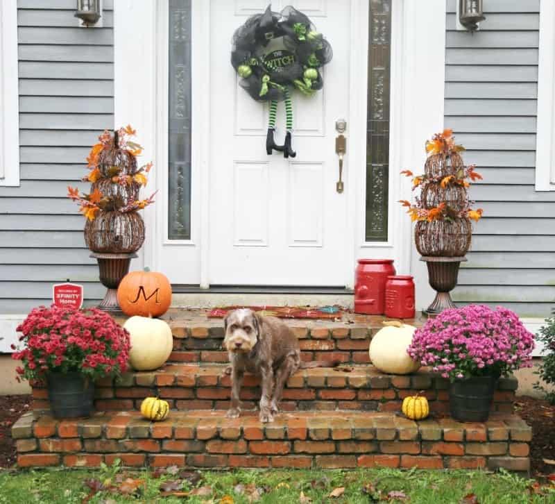 front door decor idea for fall