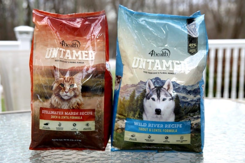 Grain free pet food food for dogs and cats
