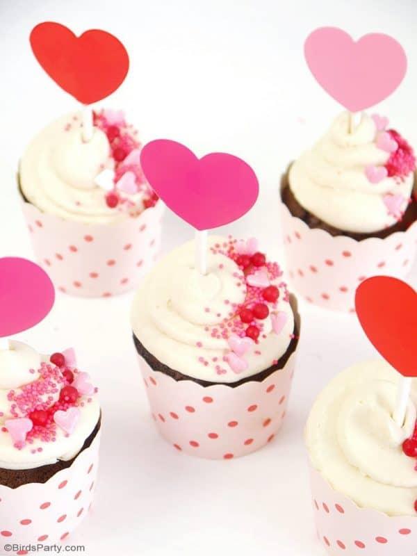 Chocolate Cupcake Mascarpone Frosting Recipe from Bird's Party