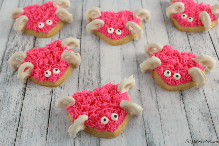 Love Bug Sugar Cookies from Delightful E Made