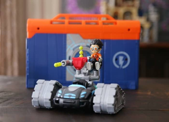 Blaster Tank Rusty Rivets Toys