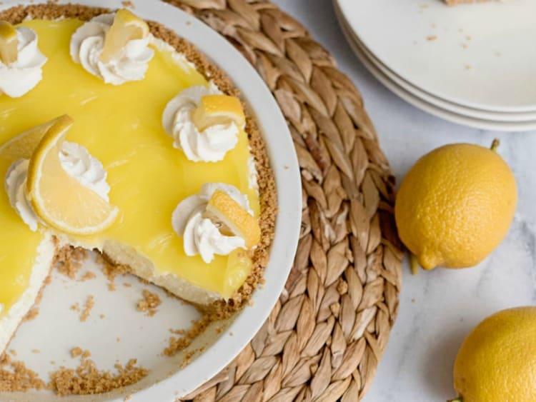 Lemon Cream Pie with Graham Cracker Crust from Homemade Lovely
