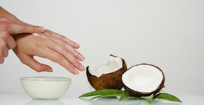 coconut oil skin moisturizer