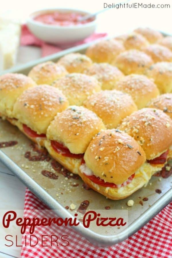 Pepperoni Pizza Sliders from Delightful E Made