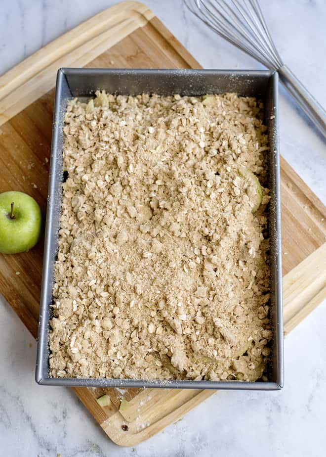 how apple crisp should look before baking