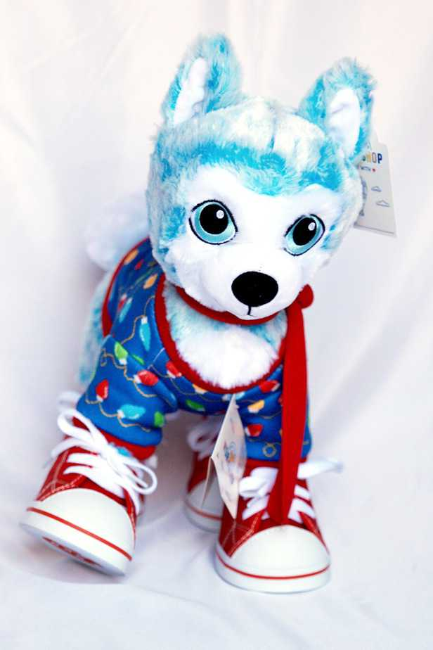 blue husky pup build a bear with holiday accessories
