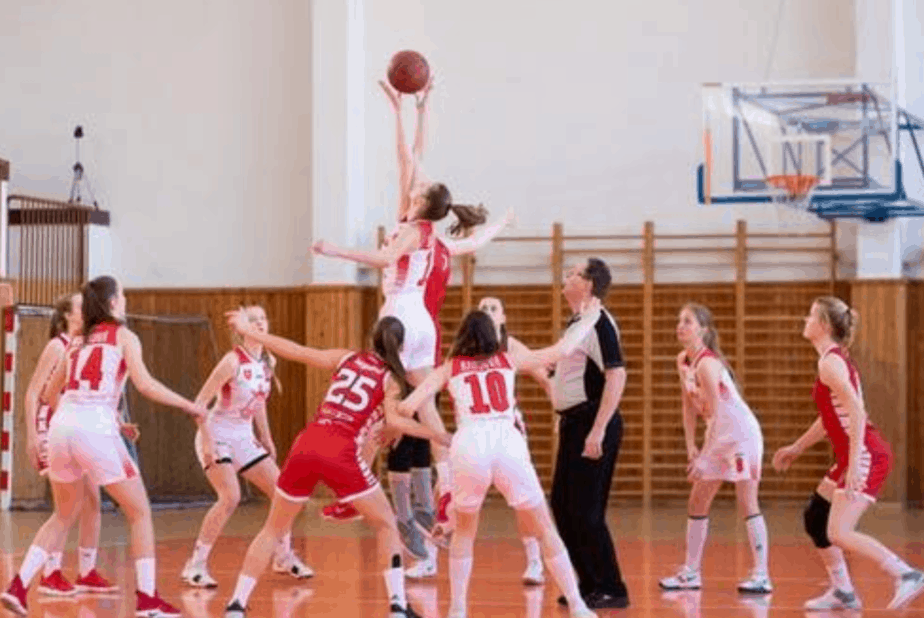 how to help your teen get a sports scholarship