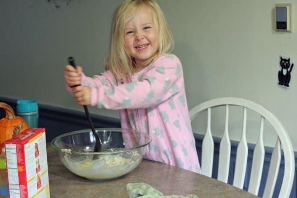 preschooler baking