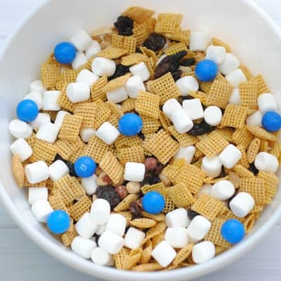Abominable Yeti Snack Mix Inspired by Abominable the Movies Everest from This Mama Loves blog