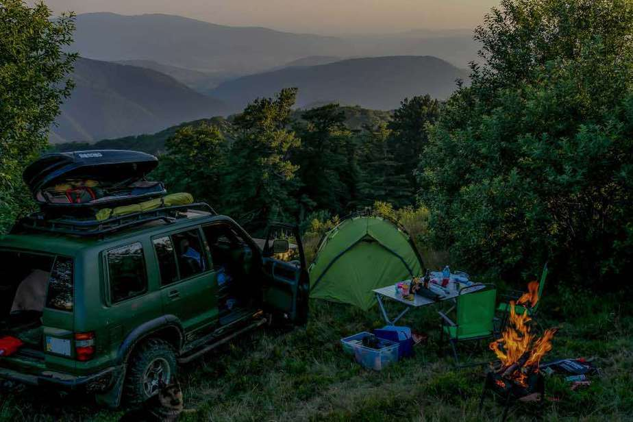 Car-Camping-in-the-Woods via beyondthetent